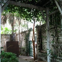 Photo taken at Sorrel Weed House - Haunted Ghost Tours in Savannah by Carmel H. on 8/27/2013