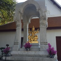 Photo taken at เทวสถาน (โบสถ์พราหมณ์) Dhevasathan (Brahmin Shrines) by Watcharin S. on 4/7/2016