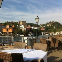 Photo taken at Kıyı Emniyet Restaurant by CeNK MuTLu♌️ on 4/30/2013