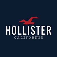 Photo taken at Hollister by Yext Y. on 7/18/2016