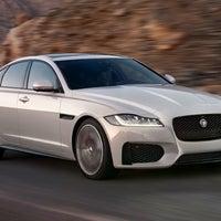 Photo taken at HA Fox Jaguar by Yext Y. on 9/20/2016