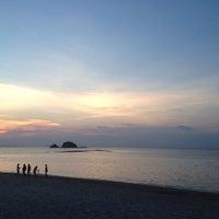 Photo taken at Lanta Pura Beach Resort by Matas on 3/23/2013