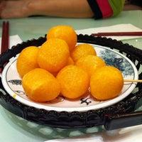 Photo taken at Fong Lye Taiwan Restaurant (蓬莱茶房) by Jason K. on 1/3/2013