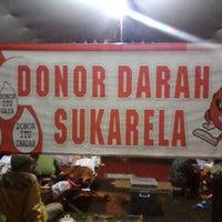 Photo taken at Masjid Agung Al Karomah Martapura by Gusti I. on 7/14/2014