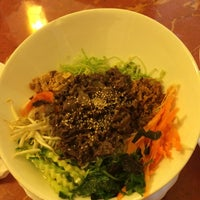 Photo taken at Remember Vietnamese Food by Hyunwoo L. on 7/5/2014