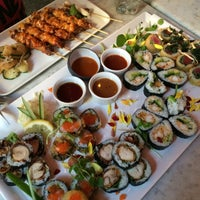 Photo taken at Raw Sushi & Grill by Niklas B. on 8/6/2015