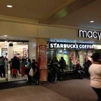 Photo taken at Starbucks by Edwin U. on 11/12/2012