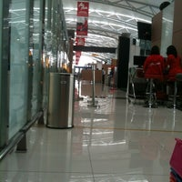 Photo taken at X-Ray Cabin Int'l Terminal 3 by Avino H. on 8/31/2012