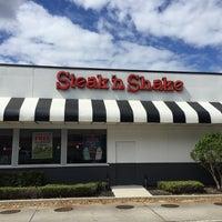 Photo taken at Steak 'n Shake by Joe W. on 10/14/2016