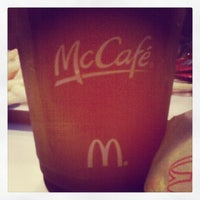 Photo taken at McDonald's by artdivi007 g. on 10/18/2013