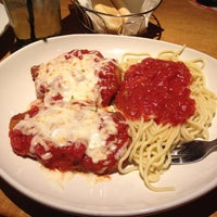 Photo taken at Olive Garden by Heather on 7/20/2014