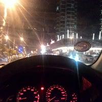 Photo taken at Penang Road by Muizzuddin B. on 9/25/2015