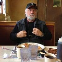 Photo taken at Park Ridge Family Restaurant by Cindy Bergeron S. on 11/25/2012