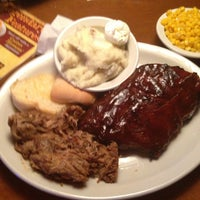 Photo taken at Texas Roadhouse by Joe B. on 6/30/2013