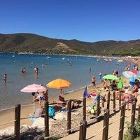 Photo taken at Spiaggia di Lacona by Sasa A. on 9/6/2016