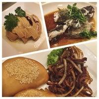 Photo taken at PUTIEN Restaurant 莆田菜馆 by Hazel L. on 6/27/2015