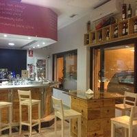 Photo taken at Bistro vinos Suiza by Joshua K. on 4/17/2014