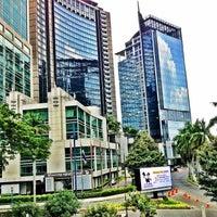 Photo taken at JW Marriott Hotel Jakarta by shiroamachi on 10/13/2012