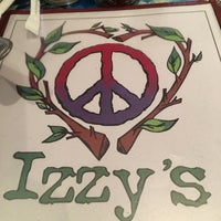 Photo taken at Izzy's by Ellen M. on 5/11/2016