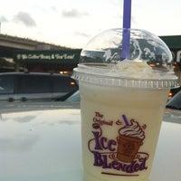 Photo taken at The Coffee Bean & Tea Leaf by Emileeeeeee S. on 1/14/2013