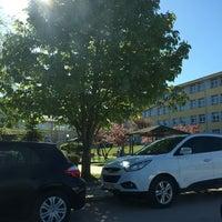 Photo taken at F1 Blok   Fen - Edebiyat Fakültesi by Şevkat Y. on 4/17/2016