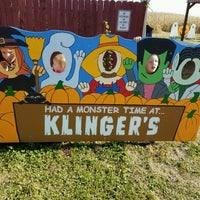 Photo taken at Klingers Farm Market by Jason D. on 10/22/2016