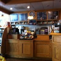 Photo taken at The Coffee Bean & Tea Leaf by Devans00 .. on 9/13/2013