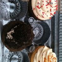 Photo taken at Fantasy Cupcake by Gerry J. on 10/23/2012