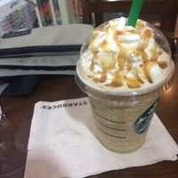 Photo taken at Starbucks by Mekmek S. on 11/4/2016