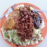 Photo taken at Marine Parade Food Centre by Tan B. on 5/27/2013