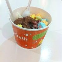 Photo taken at Tutti Frutti by Houzaii L. on 8/28/2014