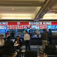 Photo taken at Burger King by Daewook Ban on 5/25/2016