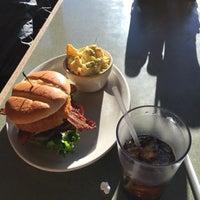Photo taken at Harvester Restaurant by honey 🌾 b. on 11/22/2015