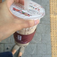 Photo taken at 貢茶(공차) / GONG CHA by 봉봉 on 9/15/2014