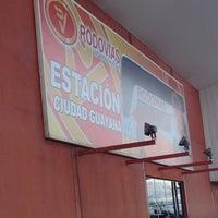 Photo taken at Terminal de Rodovias de Venezuela by Lizette C. on 5/10/2012