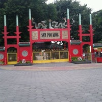 Photo taken at Sam Poo Kong Temple (Zheng He Temple) by aviev h. on 3/20/2012