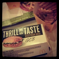 Photo taken at McDonald's by Yee W. on 8/29/2012