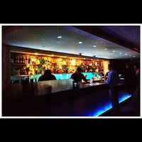 Photo taken at Blu Bar On 36 by 高手놀리밑™ on 4/20/2012