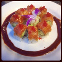 Photo taken at Hane Sushi by Chanelle S. on 8/17/2012