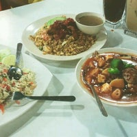 Photo taken at Restoran Mee Rebus & Pasembur Utara by Azza S. on 8/25/2012