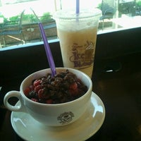 Photo taken at The Coffee Bean & Tea Leaf® by Matt H. on 3/2/2012