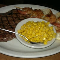 Photo taken at Texas Roadhouse by 🎀Cheryl🎀 on 8/7/2012