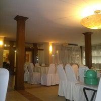 Photo taken at Restoran Nelayan by che h. on 8/14/2012