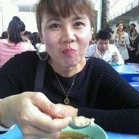 Photo taken at ตลาดรวมทรัพย์ by Kristy C. on 9/13/2011
