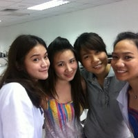 Photo taken at Mae Fah Luang University @ Sathorn by PaLM::OrNwaTsa on 3/30/2012