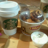 Photo taken at Starbucks by James HanJoo P. on 9/14/2011