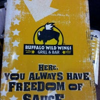 Photo taken at Buffalo Wild Wings by Kenneth B. on 12/11/2011