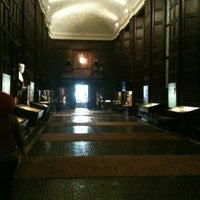 Photo taken at Folger Shakespeare Library by Nathan W. on 3/11/2012