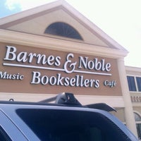 Photo taken at Barnes & Noble by Oz P. on 7/22/2012