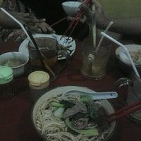 Photo taken at Hikari Ramen & Japanese Food by Chisa I. on 6/15/2012